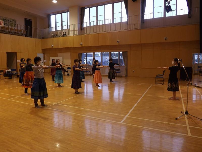 50歳からのフラダンス講座